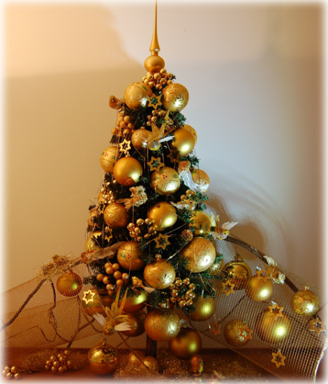 goldener Weihnachtsschmuck 2013